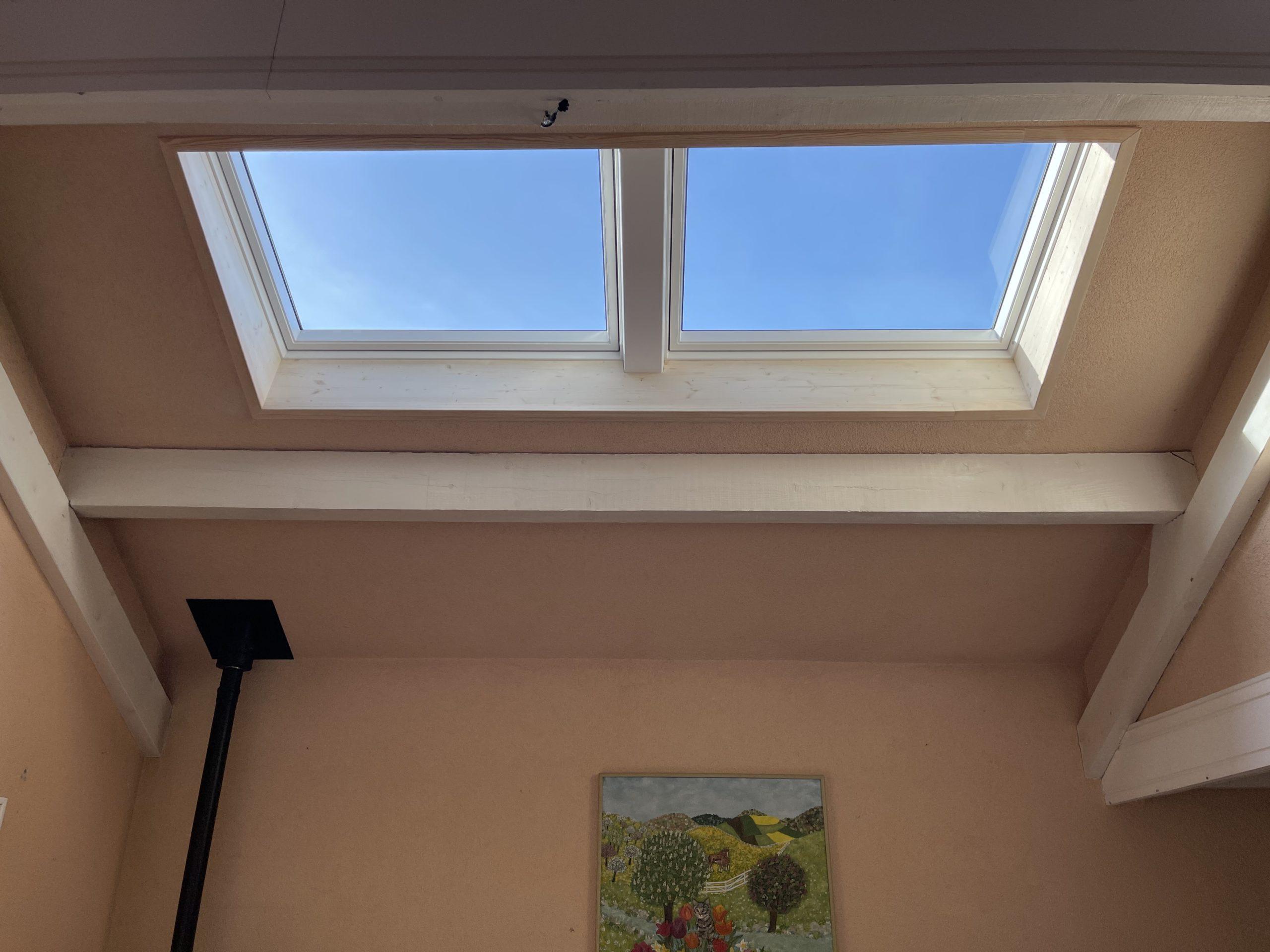 Installation de deux fenêtres de toit VELUX à Cusy