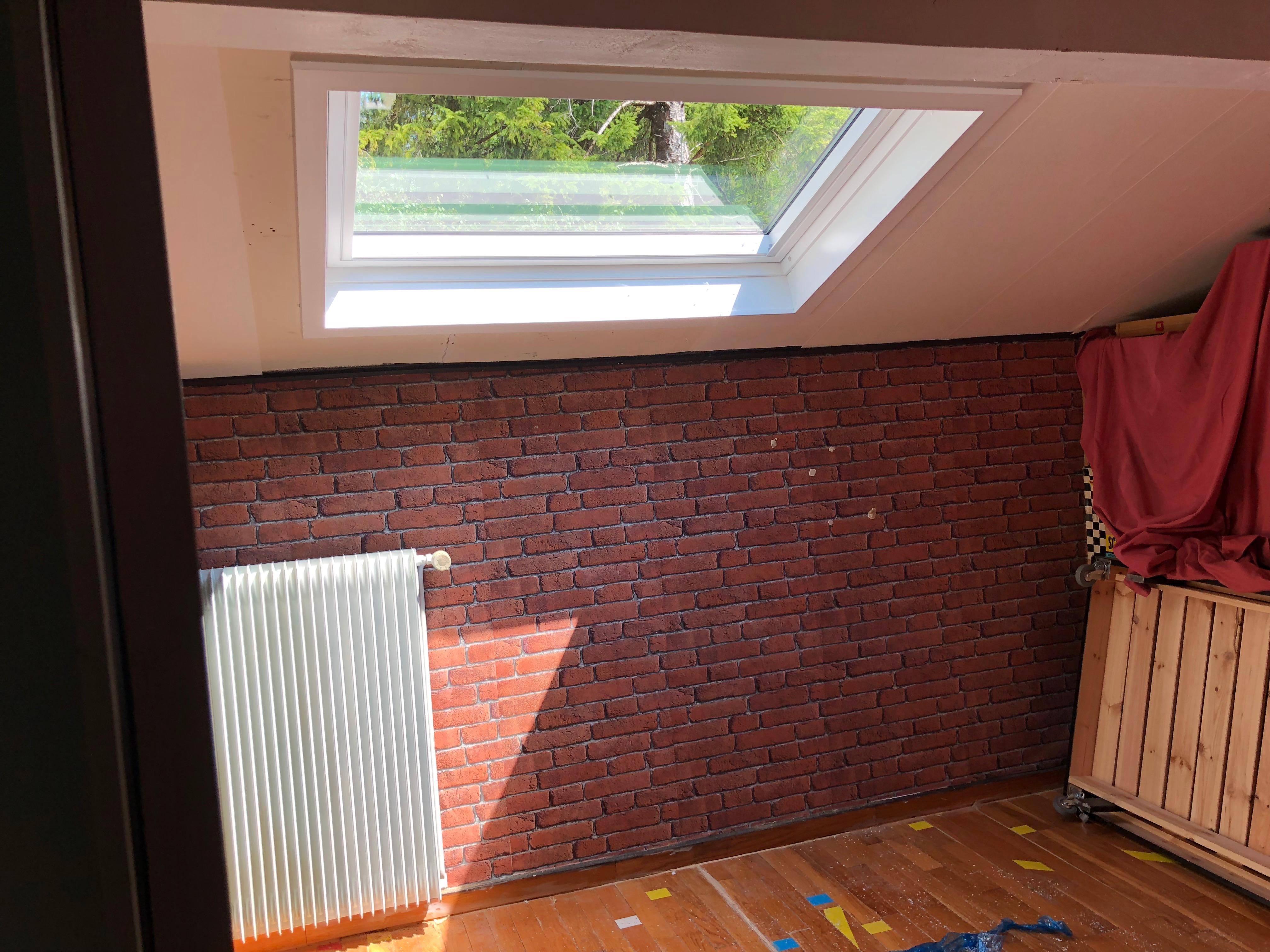 Création et installation d'une fenêtre de toit VELUX à Saint-Julien en Genevois