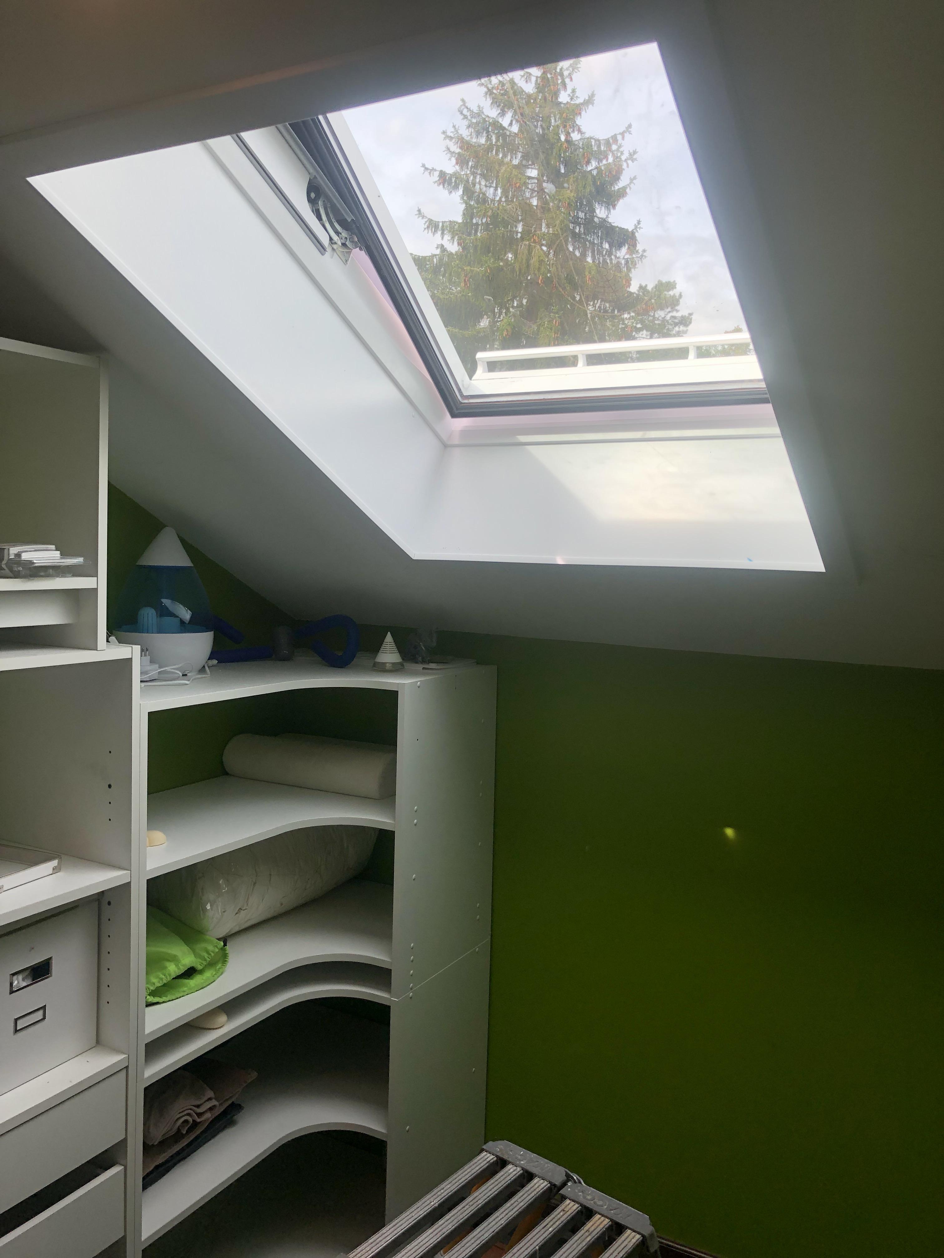 Création d'une fenêtre de toit VELUX près de Genève